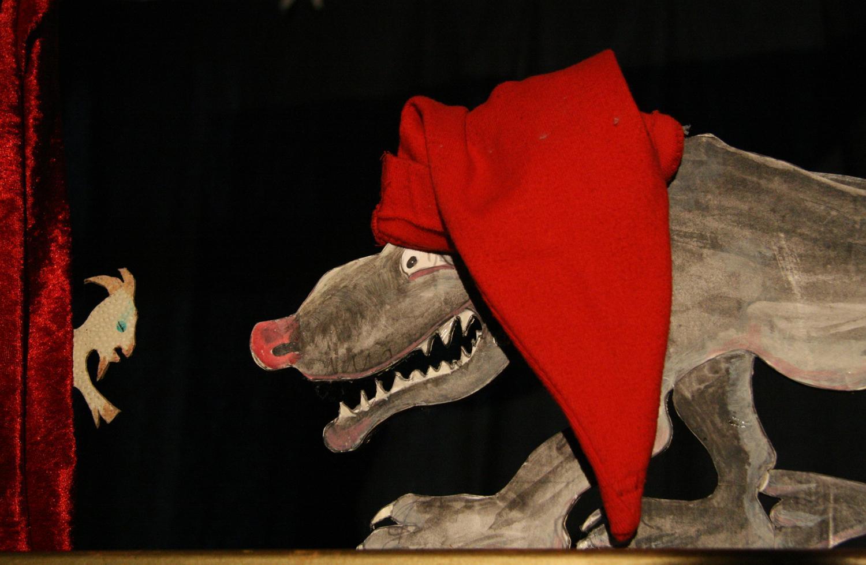 """Vorschaubild für das Stück """"Die sieben Geißlein & der Weihnachts-Wolf"""""""