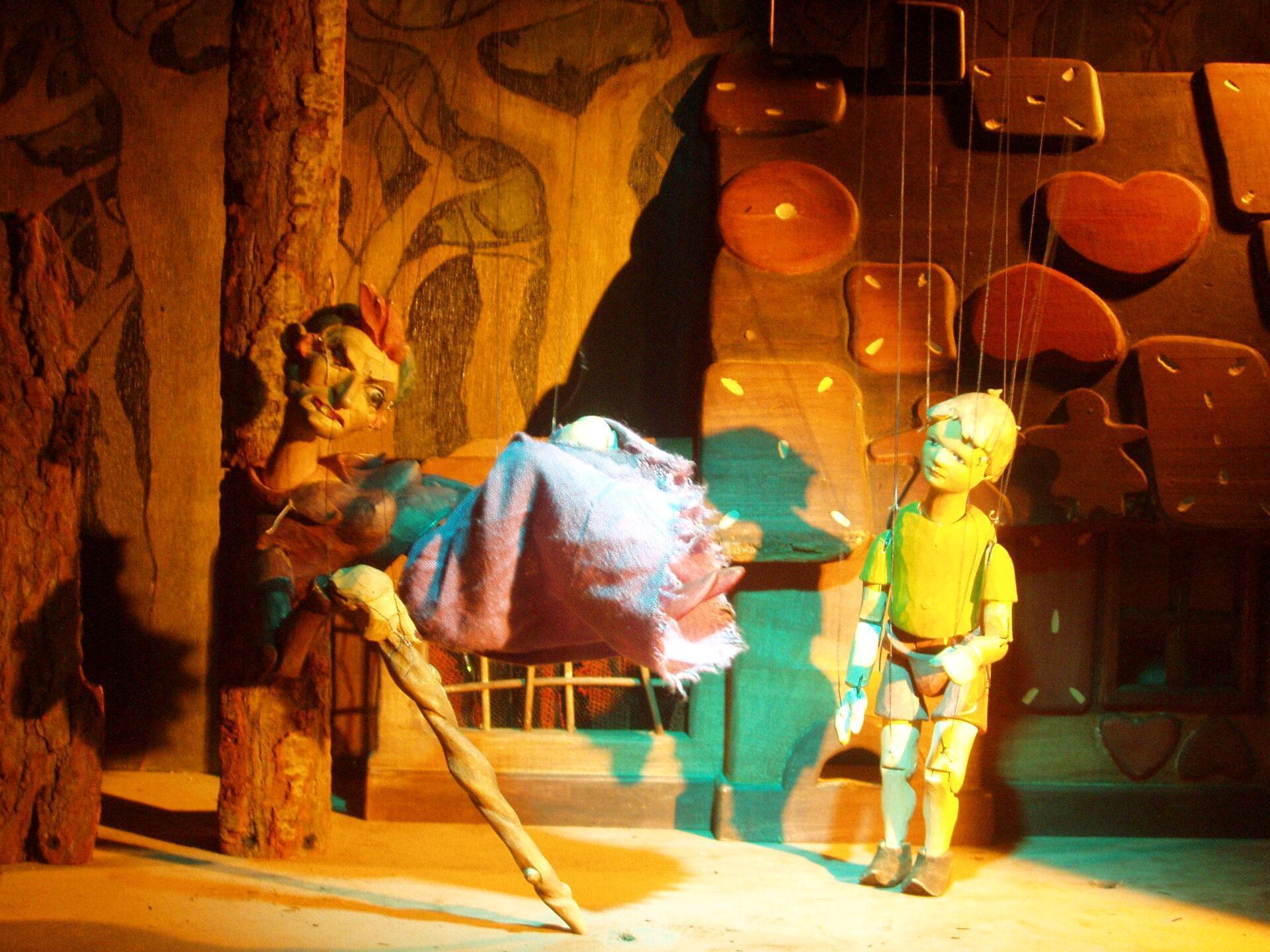"""Vorschaubild für das Stück """"Hänsel und Gretel"""""""